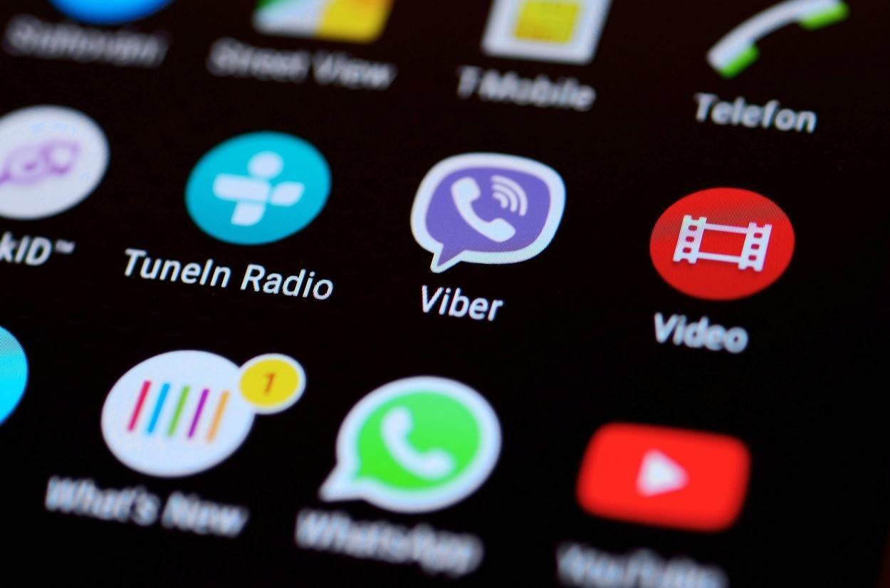 Android;applications;icons;Viber;screen;mobile;app;phone;apps;social;media;editorial;illustrative;icon;closeup;logo;technology;google;smart;smartphone;software;concept;digital;symbol;cellphone;youtube;whatsapp;Tunein;Sony;nobody;Smart phone;Android system;Viber icon;Mobile phone screen;NOT_EDITORIAL_ONLY