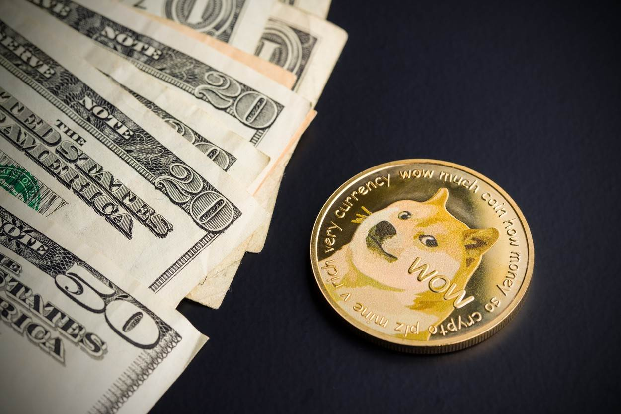 doge;dogecoin;cash;exchange;trade;currency;digital currency;dollar;bitcoin;cryptocurrency;payments;value;finance;money;savings;coin;business;virtual cash;doge coin;bank;virtual money;brass dogecoin;brass;safety;security;dog;economy;btc;profit;metal;income;object;gold;invest;internet;mining;digital;crypto currency;risk;satoshi;doge car;dashcoin;black;background