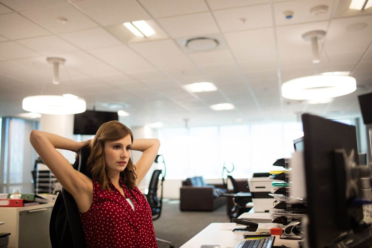 20s;Young Adult;Woman;Female;Caucasian;Businesswoman;Looking;Desktop Pc;Sitting;Office;Well Dressed;Smart;Elegant;Corporate;Workplace;Desk;Bureau;Computer;Technology;Computer Monitor;Pc;Electronic;Focus Shot;Hands Behind Head;Arms Raised;Stretching;Tired;Ceiling;Light;Lighting Equipment;Red;Relaxation;Executives;Working;Text Messaging;White;Black;Sophisticated;Fun;Stylish;Urban;Lifestyle;Nightlife;Celebration;Recreation;Food And Drink Industry;Authentic;Real Life;High Class;Luxury;Leisure;Excitement;Clubbing;Amusing;Pleasure;Joy,people