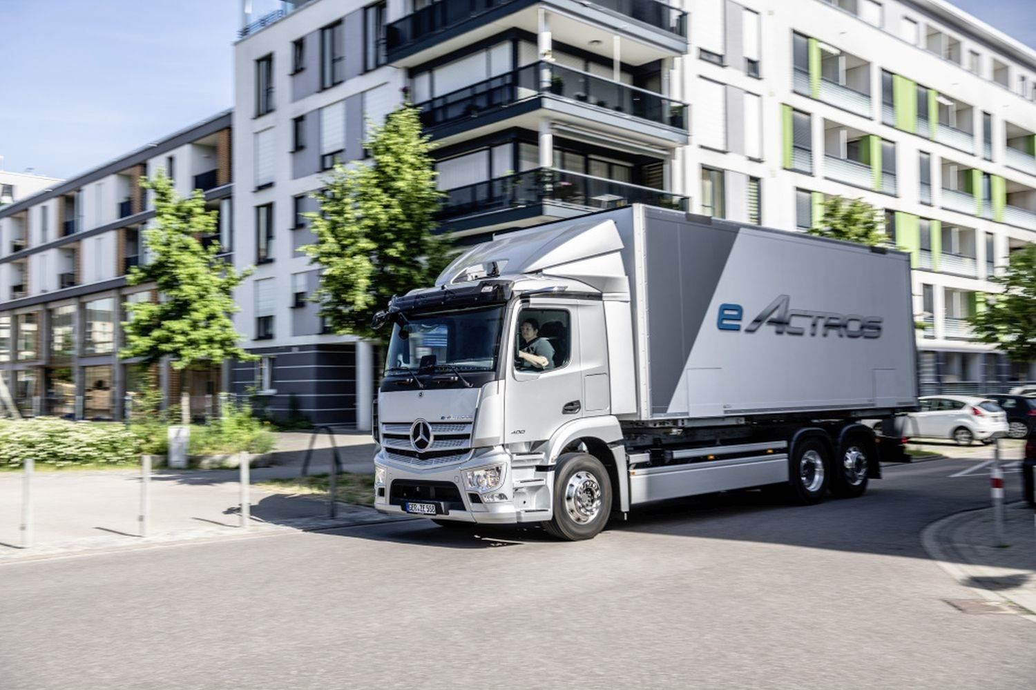 World premiere of the new eActros;Daimler Trucks;A new truck for a new era: Mercedes-Benz eActros celebrates its ;Daimler Global MediaSite;06 - 2021;World Premiere of the Mercedes-Benz eActros 2021;eActros;Trucks;Mercedes-Benz;MediaSite;Brands & Products;Events;Press Kits sorted by years;Press Releases sorted by years;2021