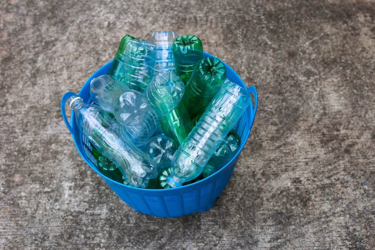 aluminum;background;bag;blue;bottle;box;can;cardboard;carry;cellophane;collection;color;concept;conceptual;conservation;container;crumpled;disposable;eco;ecology;empty;environment;environmental;garbage;green;handle;household;image;isolated;litter;market;nobody;object;ocean;plastic;pollution;recycle;recycling;red;retail;reusable;shopping;texture;transparent;trash;used;waste;white;wrapping;yellow